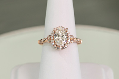 Rose gold engaement ring
